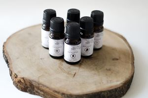 Essential Oils: 5 Vital Blends